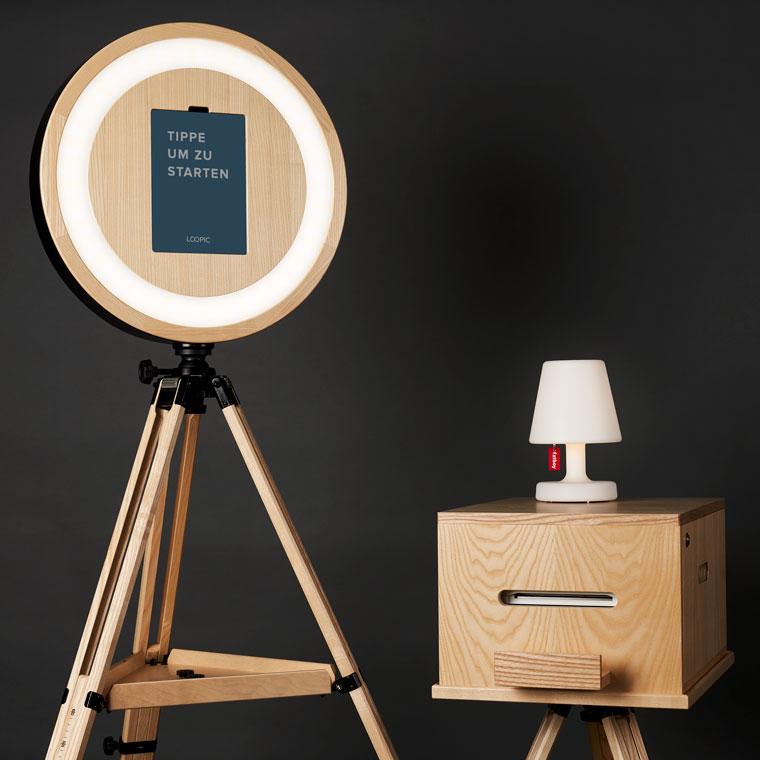 Das Hauptelement und die Druckerbox der LOOPIC-Fotobox aus Bremen